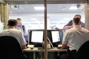 Minister Verlinden woont controles Luchtvaartpolitie bij
