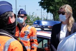 La ministre Verlinden inspecte le dispositif de sécurité déployé à l'occasion du sommet de l'OTAN